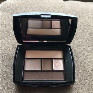 Lancome Makeup - Small Lancôme eye shadow palate